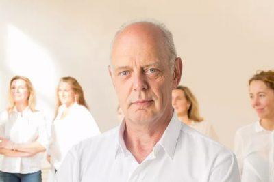 docent Wil van der Meer